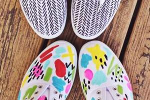 Zapatillas de tela pintadas a mano