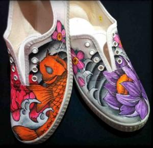 Zapatillas personalizadas carpa flores